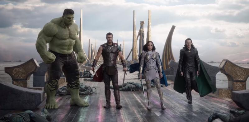 """Kadr z filmu """"Thor: Ragnarok"""" (źródło: materiały prasowe)"""