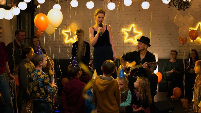 """Kadr z filmu """"Podatek od miłości"""" (źródło: materiały prasowe/fot. Robert Pałka)"""
