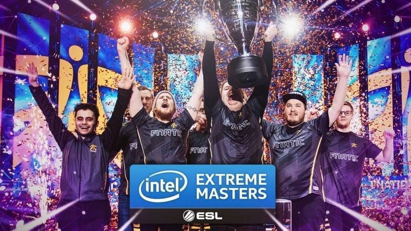 Zwycięska drużyna Fnatic (źródło: youtube.com/screenshot)