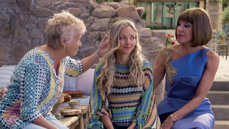 """Kadr z filmu """"Mamma Mia: Here We Go Again!"""" (źródło: materiały prasowe)"""