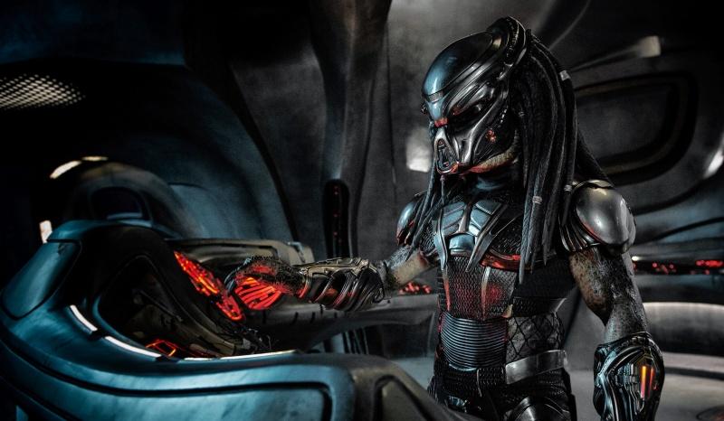 """Kadr z filmu """"Predator"""" (źródło: materiały prasowe)"""