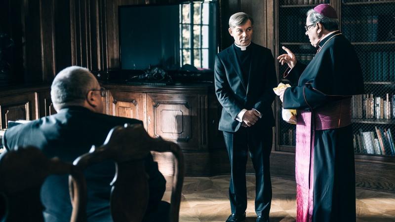 """Kadr z filmu """"Kler"""" (źródło: materiały prasowe/fot. Bartosz Mrozowski)"""