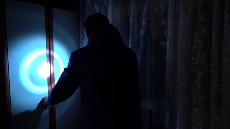 """Kadr z filmu """"Światło w mroku"""" (źródło: youtube.com)"""