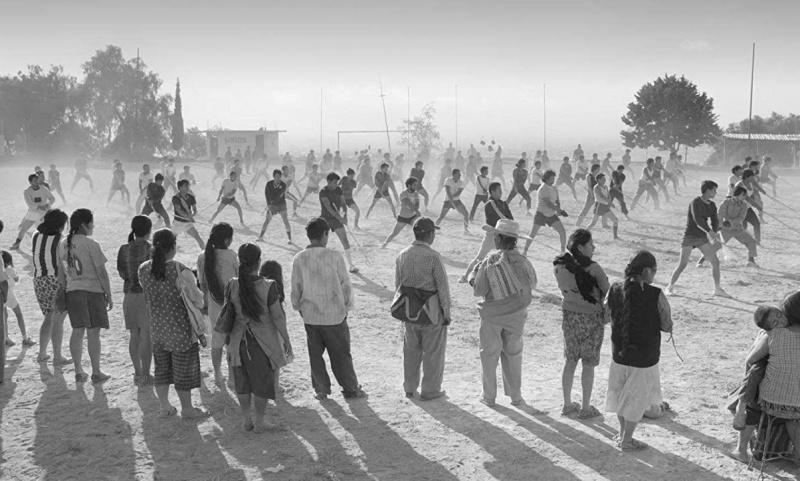 """Kadr z filmu """"Roma"""" (źródło: materiały prasowe)"""