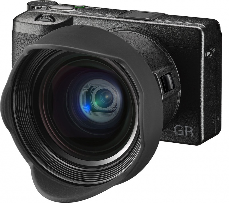 Ricoh GR III (fot. www.imaging-resource.com)