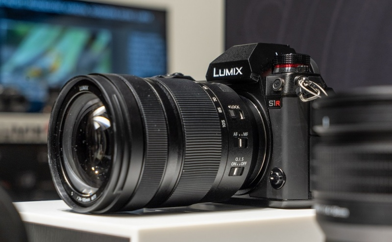 Panasonic Lumix S1 (fot. www.cinema5d.com)