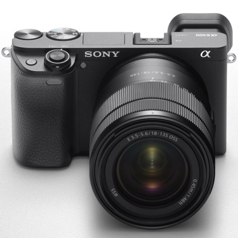 Sony A6400 (fot. www.engadget.com)