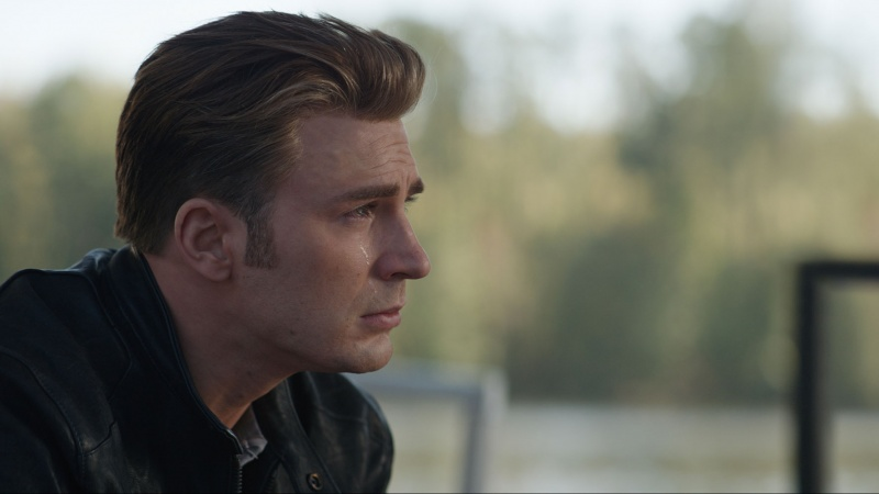 """Kadr z filmu """"Avengers: Koniec gry"""" (źródło: materiały prasowe)"""
