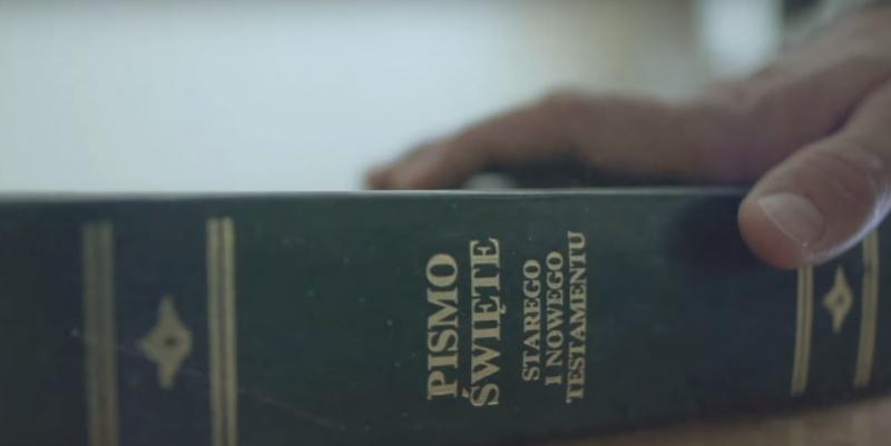 """Kadr z filmu dokumentalnego """"Tylko nie mów nikomu"""" (źródło: youtube.com/Sekielski)"""
