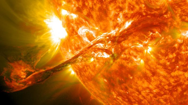 Słońce (źródło: wikimedia.org)