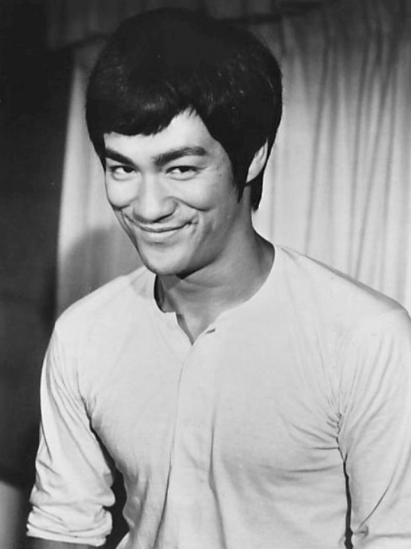 Bruce Lee (źródło: wikimedia.org)