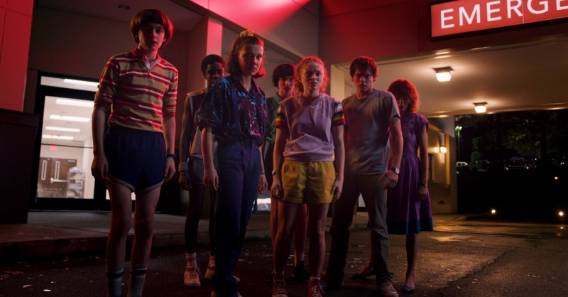 """Kadr z serialu """"Stranger Things 3"""" (źródło: materiały prasowe)"""