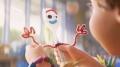"""""""Toy Story 4"""" – Dusza zabawki - Toy Story 4;familijny;animacja komputerowa;kontynuacja;Pixar;Josh Cooley;Bonnie;lunapark;przedszkole;przyjaźń;serce;pomoc;zabawki;Chudy;Buzz Astral;Sztuciek;Gabby Gabby;druh;Steve Jobs;mądry;nauka;piękna;wzruszająca"""