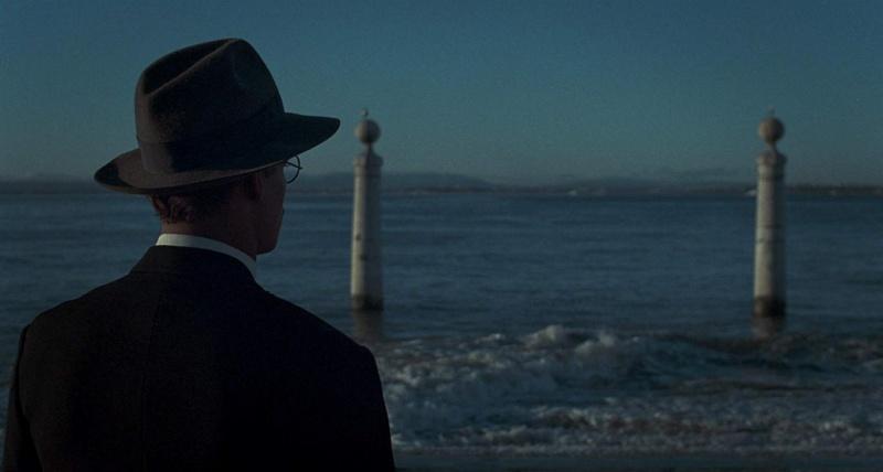 """Kadr z mini-filmu """"Jak Fernando Pessoa uratował Portugalię"""" (źródło: materiały prasowe/IMDb)"""