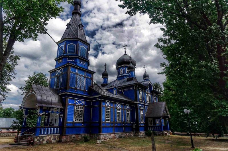 Cerkiew prawosławna, miejscowość Puchły (fot. Grafy w podróży)