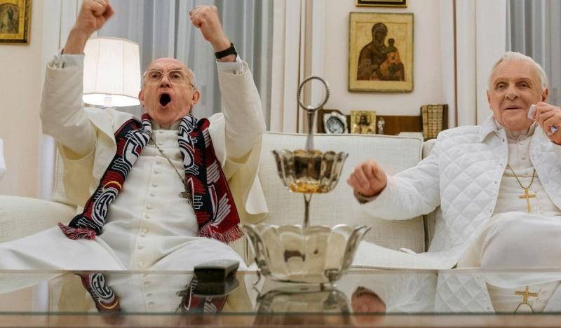 """Kadr z filmu """"Dwóch papieży"""" (źródło: materiały prasowe)"""