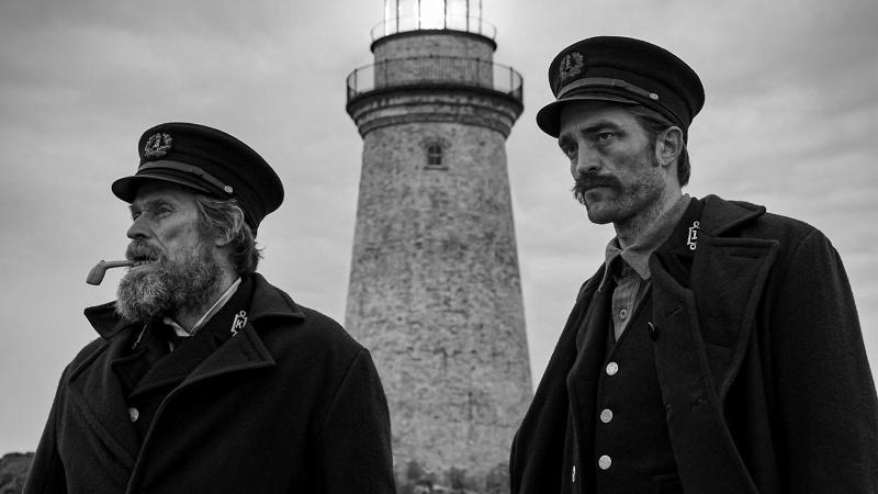 """Kadr z filmu """"The Lighthouse"""" (źródło: materiały prasowe)"""