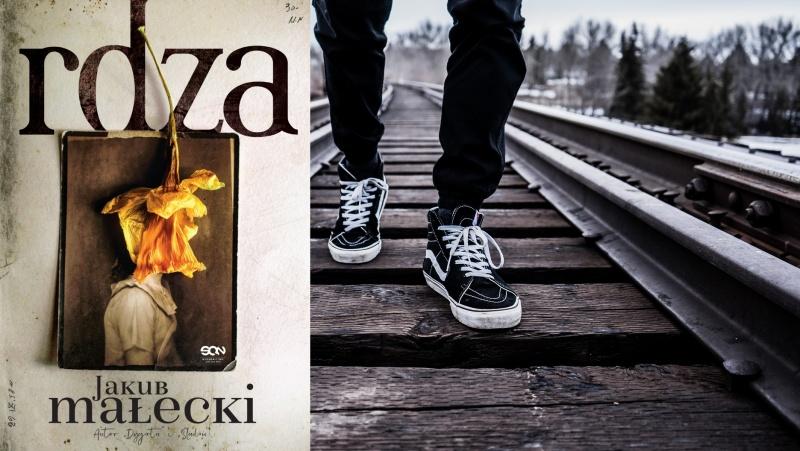 """Okładka powieści """"Rdza"""" (źródło: www.wsqn.pl); Tło (źródło: pxhere.com)"""