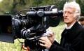 Roger Deakins ma kamerę i nie zawaha się jej użyć! - Roger Deakins;autor zdjęć;operator kamery;kamera;zdjęcia;wybitny;legendarny;Brytyjczyk;mastershot;1917;Skyfall;Blade Runner 2049;Fargo;To nie jest kraj dla starych ludzi;Sicario;Oscar;realizm;emocje;akcja