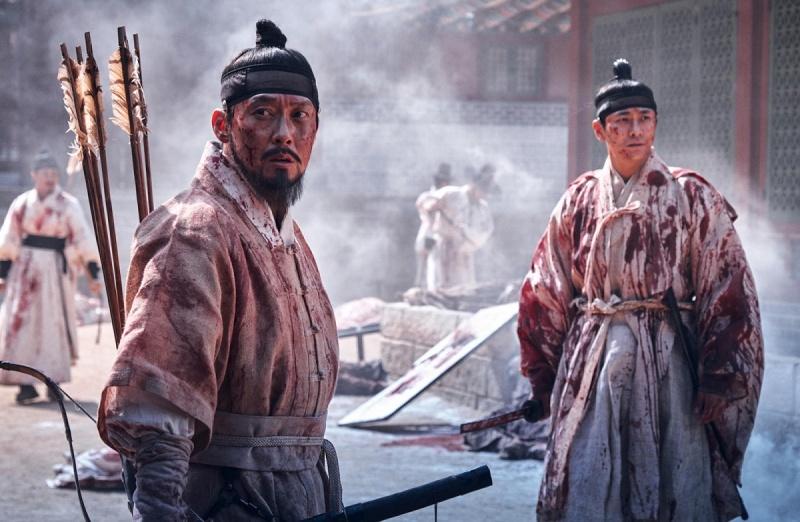 """Kadr z serialu """"Kingdom"""" (źródło: materiały prasowe)"""