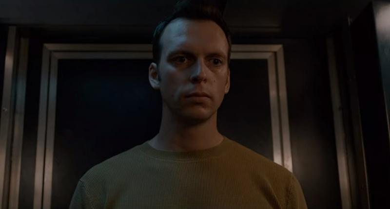 """Ksawery Szlenkier jako Jakub w serialu """"Kierunek: Noc"""" (źródło: Netflix/screenshot)"""