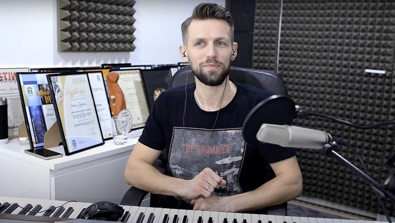 Marcin Łazarski (źródło: YouTube.com/screenshot)