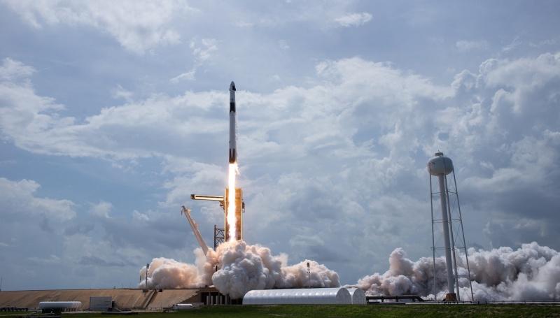 Falcon 9 wystartował (źródło: NASA.gov)