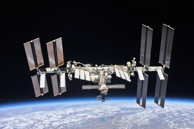 Międzynarodowa Stacja Kosmiczna (źródło: NASA.gov)