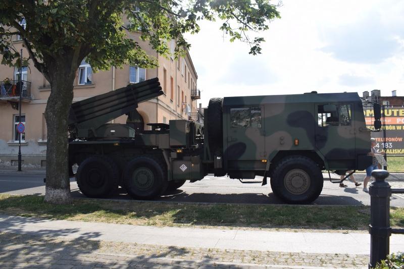 """100. rocznica """"Cudu nad Wisłą"""" we Włocławku - pokaz sprzętu wojskowego (fot. PJ)"""