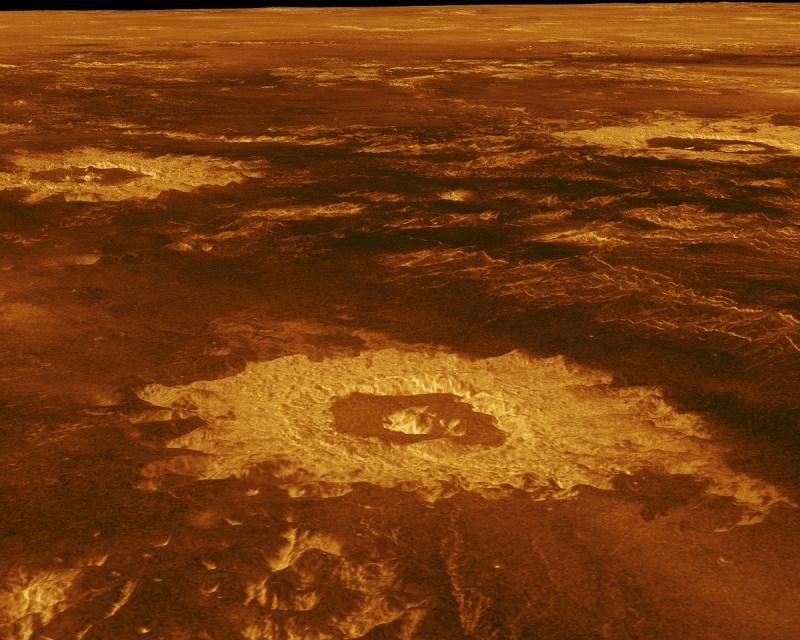 Wenus - kratery uderzeniowe na, obraz radarowy przedstawiony w rzucie ukośnym (źródło: wikimedia.org)