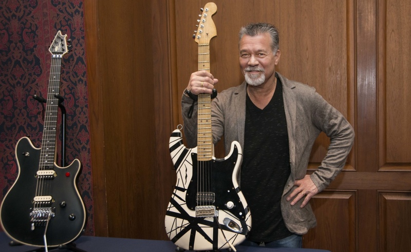 Eddie Van Halen (źródło: www.flickr.com/photos/nationalmuseumofamericanhistory)