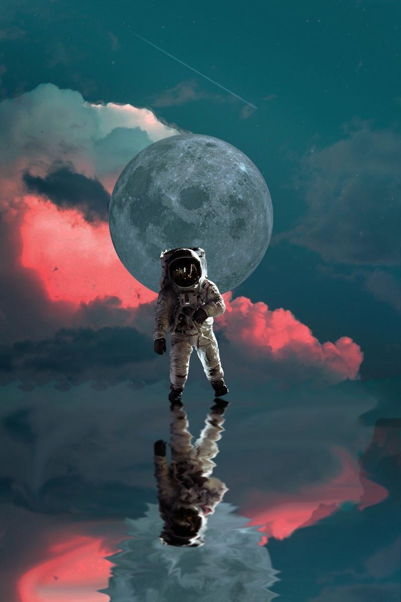 Ilustracja: Astronauta (źródło: pixabay.com)