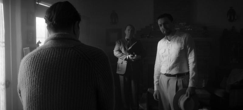 """Kadr z filmu """"Mank"""" (źródło: materiały prasowe/Netflix)"""