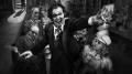 """""""Mank"""" – Uzależniony od kina - Mank;Netflix;biograficzny;lata 30;Złota Era Hollywood;Herman Mankiewicz;scenarzysta;wielowątkowa;opowieść;tworzenie scenariusza;czarno-biały;styl;klimat;swing;muzyka;Obywatel Kane;David Fincher;Gary Oldman;hołd"""