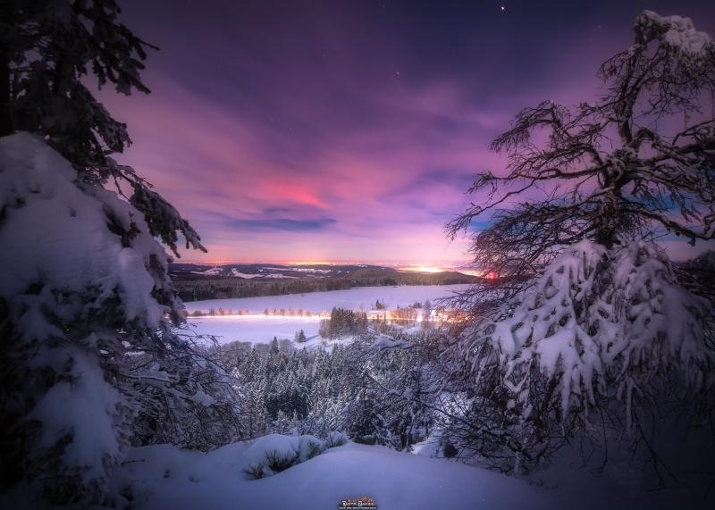Bajkowo piękna noc w okolicach Narożnika w Górach Stołowych (fot. PZ)