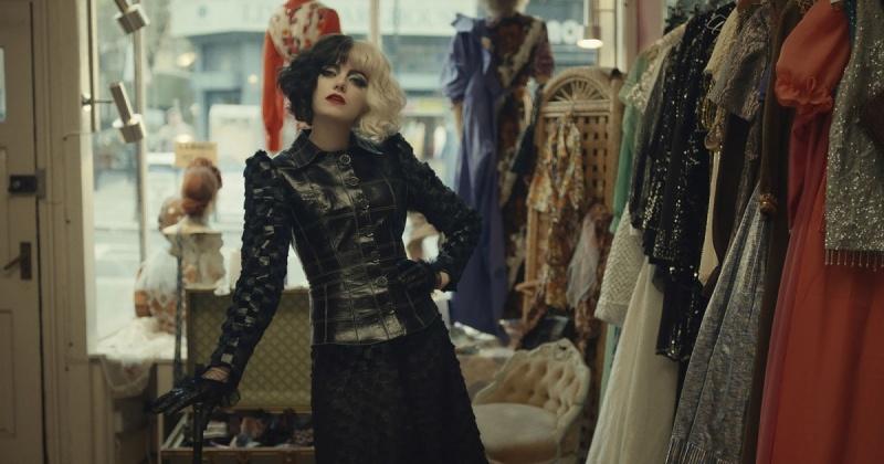 """Kadr z filmu """"Cruella"""" (źródło: materiały prasowe/Disney)"""