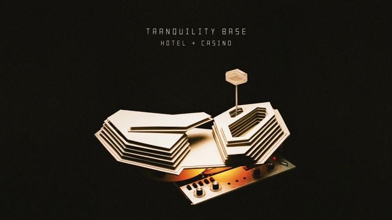 """Okładka """"Tranquility Base Hotel and Casino"""" (źródło: materiały prasowe)"""