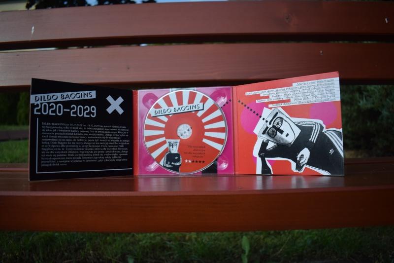 """Album """"Dla wszystkich dziewczyn nie dla wszystkich chłopców"""" (fot. PJ)"""