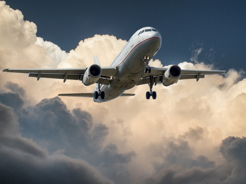Samolot (źródło: im-a-puzzle.com)