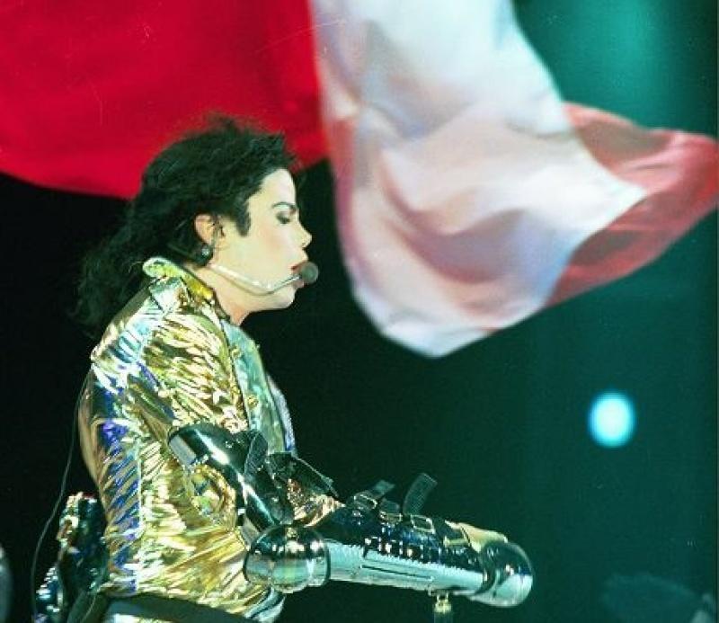 Michael Jackson (źródło: kultura.gazeta.pl/ fot.  Andrzej Iwańczuk)