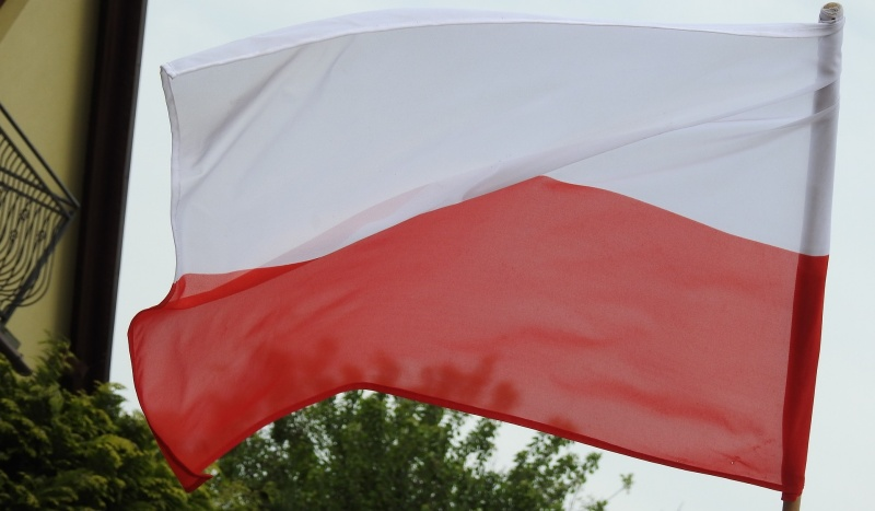 Flaga Polski (źródło: pixabay.com)