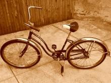 Mój rower - wspaniały przekaz, sztuka wychowania - sztuka;wychowania;przekaz;wspaniały;rower;mój rower;film;Michał Urbaniak;Artur Żmijewski;Krzysztof Chodorowski;Piotr Trzaskalski;Wojciech Lepianka