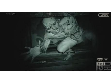 """Screen z gry """"Outlast"""" (źródło: youtube.com)"""