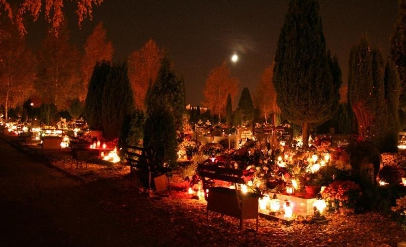 Cmentarz we Wszystkich Świętych (źródło: flickr.com)