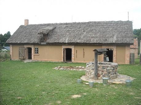 Murowana stodoła