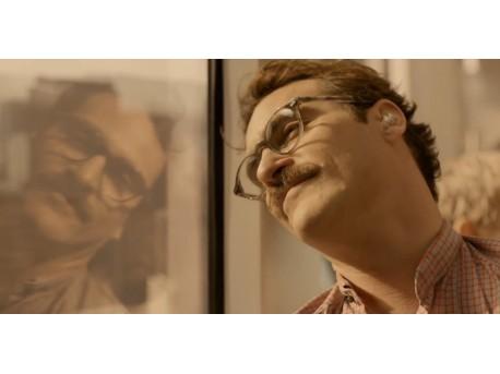 """Kadr z filmu """"Ona"""" (źródło: youtube.com)"""