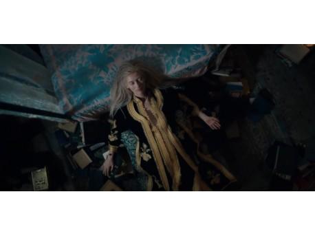 """Kadr z filmu """"Tylko kochankowie przeżyją"""" (źródło: youtube.com)"""