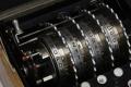 Złamanie kodu Enigmy - Enigma;maszyna;wiadomość;Rejewski;szyfrowanie;kryptologia;Zygalski;Różycki;matematycy;Hitler;II wojna światowa;szyfr;tajne;złamanie kodu;bomba kryptologiczna;Alan Turing;Gra tajemnic