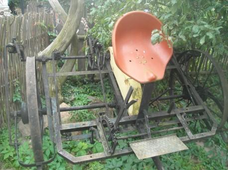 Konna przetrząsarka do siana (fot. Przemysław Jankowski)