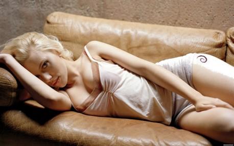 Scarlett Johansson (źródło: DebianArt.org)